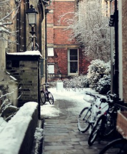 A snowy alley in Cambridge, brrr!