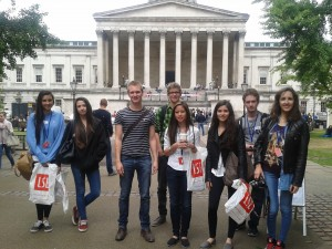Students outside UCL on the University Advance trip